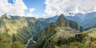 Панорамный взгляд руин Inca Machu Picchu - священная долина, Перу Стоковая Фотография
