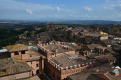 Панорамный взгляд старого городка Сиены, Тосканы, Италии Стоковое Изображение RF