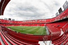 Панорамный взгляд стадиона Рэймона Sanchez Pisjuan стоковая фотография rf