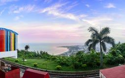 Панорамный взгляд холма Kailasagiri обозревая город и th Vizag Стоковые Изображения RF