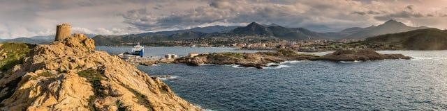 Панорамный взгляд Ile Rousse в Корсике Стоковые Фотографии RF