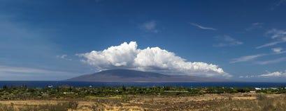 Панорамный взгляд Lahaina и остров Lanai, Мауи, Гаваи Стоковая Фотография RF