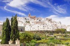 Панорамный взгляд Ostuni, Апулии, Италии Стоковое Изображение RF