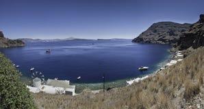 Панорамный взгляд Santorini от острова Thirasia Стоковая Фотография RF