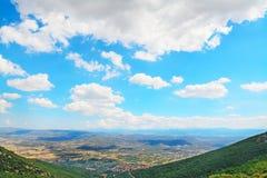 Панорамный взгляд Sardinian задней страны Стоковые Изображения