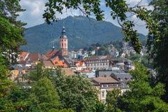 Панорамный вид на коллигативной церков и парке Баден-Баден Германии, Европе в лете стоковые фотографии rf