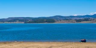 Панорамный вид на озеро Batak Pazardzhik, Болгария Стоковое Изображение RF