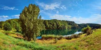 Панорамный вид на озеро Jezioro Turkusowe в Польше Стоковая Фотография RF