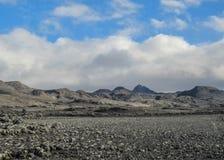 Панорамный вид на поле лавы и вулканических дюнах в Kverkfjoll, гористых местностях Исландии, Европы стоковая фотография rf