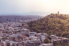 Панорамный вид с воздуха города Афина и акрополя в Греции стоковое фото