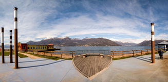 Панорамный вид на озеро Maggiore Стоковое фото RF