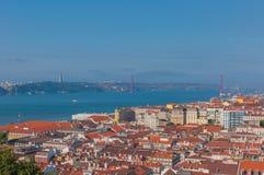 Панорамный вид с воздуха Лиссабона, Португалии стоковые фото