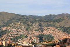 Панорамный востока города Medellin, Колумбия Стоковое Фото