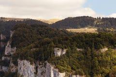 Панорамный пейзаж в горах Италии стоковая фотография