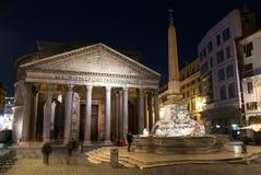 Пантеон в Риме к ноча стоковое фото
