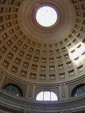 пантеон купола стоковое изображение rf