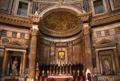 пантеон rome Италии иконы золота алтара стоковые фото