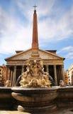 пантеон rome фонтана стоковые изображения rf