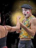 Пантомима получая подарок стоковая фотография rf