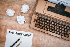 Папа mejor Eres el написанная на бумаге стоковое фото rf
