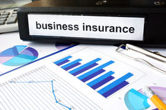 Папка с деловой страховкой ярлыка стоковые изображения rf