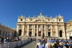 Папский квадрат St Peter's аудитории стоковое изображение rf