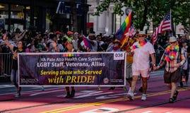 Парад гей-парада в Сан-Франциско - корпоративный VA Пало-Альто Healt Стоковое Изображение