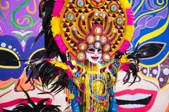 Парад красочной усмехаясь маски на 2018 фестивале Masskara, Bacol стоковое изображение rf