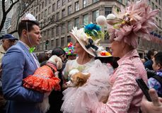 Парад пасхи и фестиваль Bonnet в Нью-Йорке 21-ое апреля 2019 стоковые изображения
