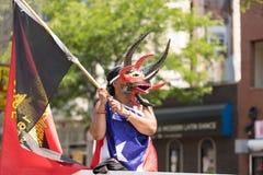 Парад пуэрториканских людей стоковое изображение