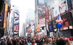 Парад 26-ое ноября 2009 официальный праздник в США в память первых колонистов Массачусетса Macy Стоковое Изображение