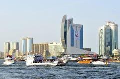 парад UAE 38th dhow дня круиза национальный Стоковые Изображения
