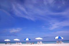 парасоли пляжа Стоковые Фотографии RF