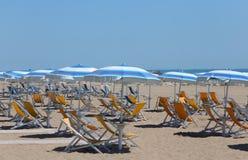 Парасоль пляжа на пляже Стоковая Фотография RF