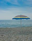 парасоль пляжа пустой Стоковое фото RF