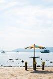 парасоль пляжа цветастый Стоковая Фотография RF