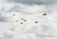 Парашютировать или skydiving Стоковое Фото