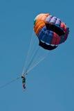 Парашют полета за шлюпкой Стоковые Изображения RF