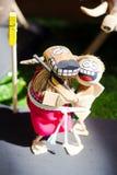 Пара выражать его куклы любов стоковое изображение rf