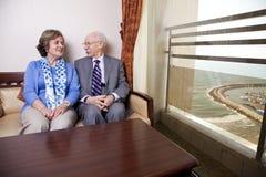 Пожилые пары в влюбленности Стоковое фото RF