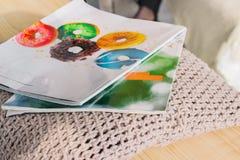 Пара журнала о моде Пара кассет стоковые фото