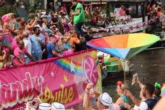 Парад канала гей-парада Амстердама стоковая фотография