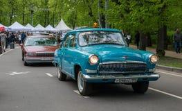 Парад классицистических автомобилей Стоковые Изображения