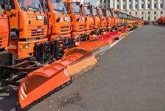 Парад муниципальных тележек чистки в Санкт-Петербурге Стоковое Фото