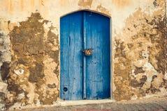 Парадный вход старого дома Стоковое Фото