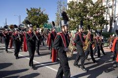 парад дракона полосы золотистый маршируя Стоковое Изображение RF