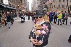 Парад 2015 NYC пасхи & фестиваль 16 Bonnet Стоковые Изображения