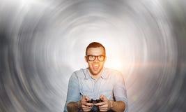 Парень Gamer с кнюппелем Стоковое Изображение RF