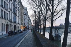 Париж на сумраке стоковая фотография rf