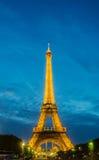 ПАРИЖ - 12-ОЕ ИЮЛЯ 2013: Эйфелева башня 12-ого июля Стоковое Фото